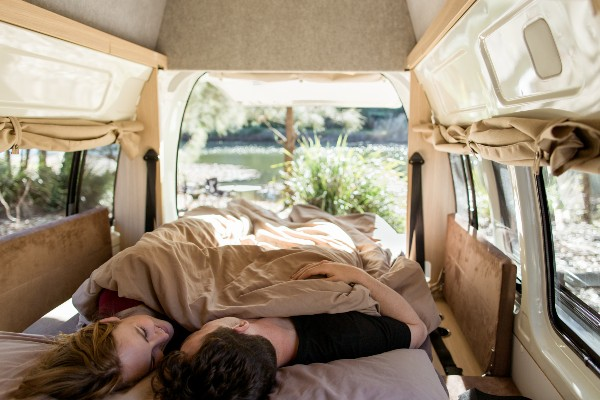 Mighty, interior double down, camperreis - rondreis Australië, opDroomreis.nu