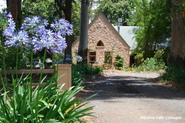 Mount Tamborine, Witches Falls Cottages, driveway - rondreis Australië, opDroomreis.nu
